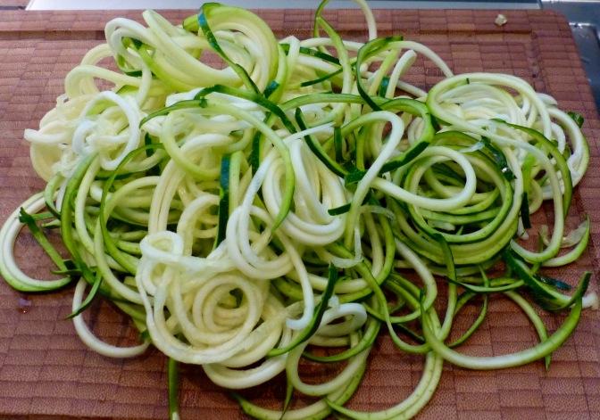 Zucchinispaghetti mit Hummersauce
