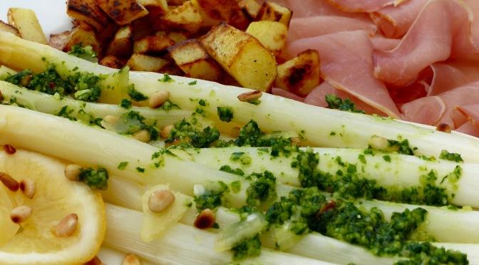 Spargel, Kartoffelwürfel, Schinken, Barlauch