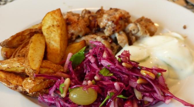 Pfannen-Gyros mit rotem Krautsalat