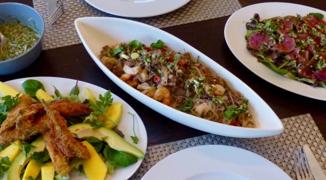 Abendessen nach thailändischer Art